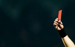redcard604-tt-width-604-height-383-lazyload-0-crop-0-bgcolor-000000.jpg
